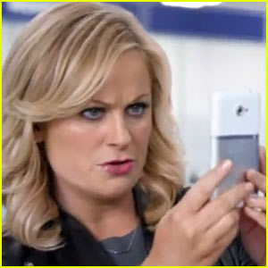 Amy Poehler: Best Buy Super Bowl Commercial - Watch Now!