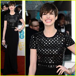 Anne Hathaway - BAFTAs 2013 Red Carpet