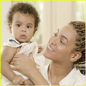 Beyonce: Blue Ivy's Face Revealed!