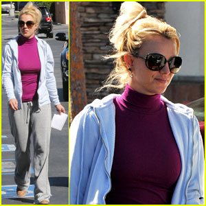 Britney Spears: Sunday Albertsons Stop