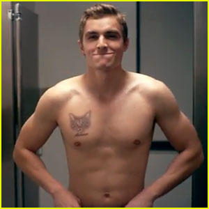Dave Franco: Shirtless for New Funny or Die Video!