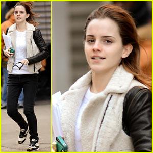 Emma Watson Has iPhone Woes!