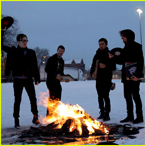 Fall Out Boy's New Single: JJ Music Monday!