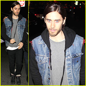 Jared Leto: Back Tatttoo Reveal with 1 Million Twitter Followers!