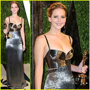 Jennifer Lawrence - Vanity Fair Oscars Party 2013
