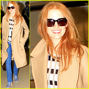 Jessica Chastain: Oscars 2013 Presenter!