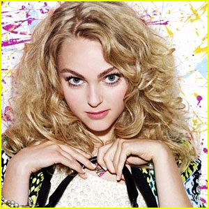 JustJared.com Sits Down With 'The Carrie Diaries' Cast!