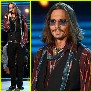 Johnny Depp - Grammys 2013 Presenter!