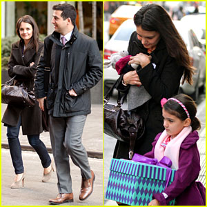 Katie Holmes Celebrates with Suri, Gets Breakfast with Lawyer