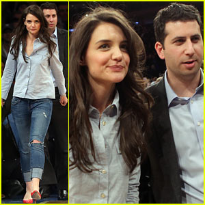 Katie Holmes: Knicks Game with Agent Adam Schweitzer!