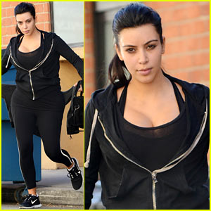 Kim Kardashian: I Found the Perfect Maternity Jeans!