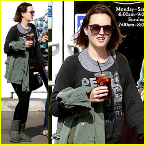 Leighton Meester Lunches After Night with Adam Brody