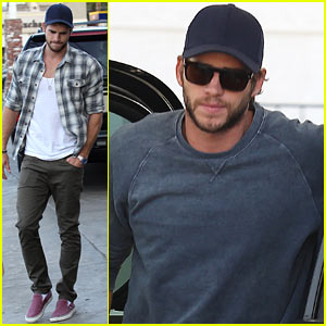 Liam Hemsworth: Lunch & Gas Station Stop!