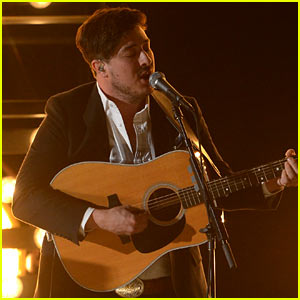 Mumford & Sons: Grammys 2013 Performance of 'I Will Wait' - Watch Now!