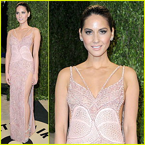 Olivia Munn - Vanity Fair Oscars Party 2013