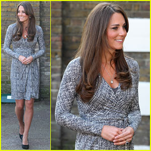 Kate Middleton: Pregnant Hope House Visit!