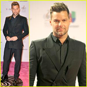 Ricky Martin: Univision's Premio lo Nuestro 2013