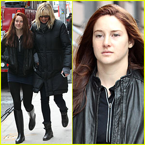 Shailene Woodley: Red Hair on 'Amazing Spider-Man 2' Set!