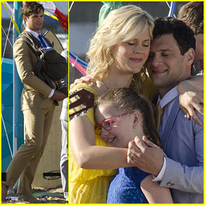 Andrew Rannells & Justin Bartha: 'New Normal' Beach Filming!