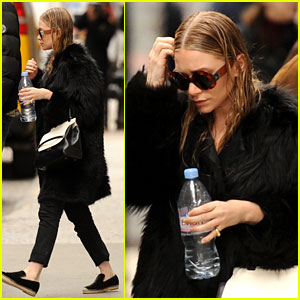 Ashley Olsen: Wet Hair in the Big Apple