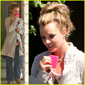 Britney Spears: On A Fitness Kick!