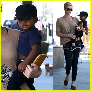 Charlize Theron: Pinkberry Treat with Jackson!