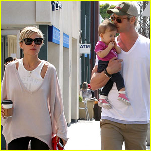 Chris Hemsworth & Elsa Pataky: Breakfast with Daughter India!