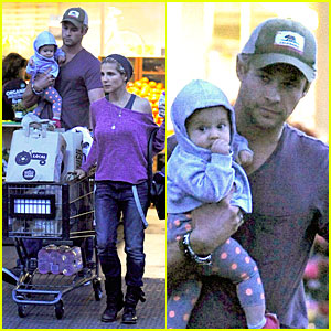 Chris Hemsworth & Elsa Pataky: Whole Foods Family Run!