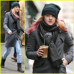 Dakota Fanning: Pink Hair Rockin' Coffee Stop!