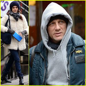 Daniel Craig & Rachel Weisz: Separate Rainy Day Outings!