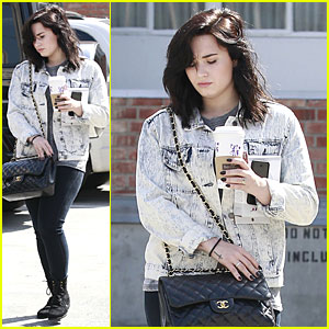 Demi Lovato: Short Hair Raising Coffee Stop!