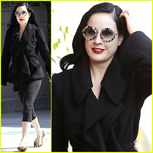 Dita Von Teese: Back in the Saddle with Dressage Lessons!