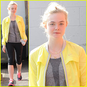 Elle Fanning: Sister Dakota Has 'Inspired Me to Go To College!'