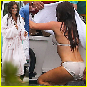 Isla Fisher: Bikini Babe on 'Untitled Elmore Leonard Project' Set!