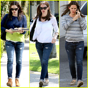 Jennifer Garner: Baked Goods for Violet!