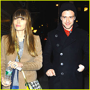 Jessica Biel & Justin Timberlake: 'Book of Mormon' Date Night!
