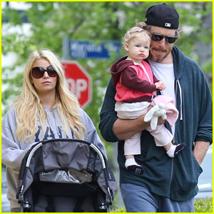 Jessica Simpson & Eric Johnson: Easter Outing with Maxwell!