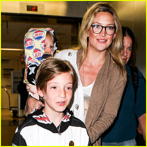 Kate Hudson, Ryder, & Bingham: Family Flight!