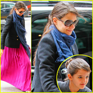 Katie Holmes: Easter Party with Suri!