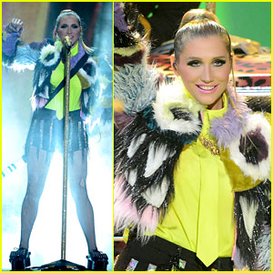 Ke$ha: 'C'Mon' Performance at Kids' Choice Awards 2013!