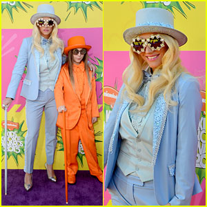 Ke$ha - Kids' Choice Awards 2013 Red Carpet