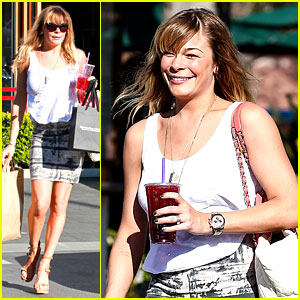 LeAnn Rimes: Malibu Country Mart Retail Therapy!