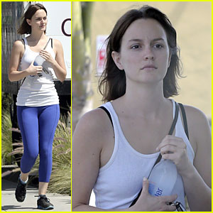 Leighton Meester: Yoga Fit Friday!