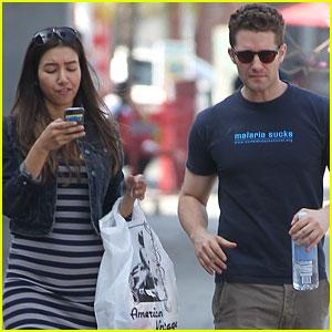Matthew Morrison & Renee Puente: Shopping Duo!