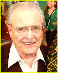 Mr. Feeny Returns for 'Girl Meets World' Spin-off!