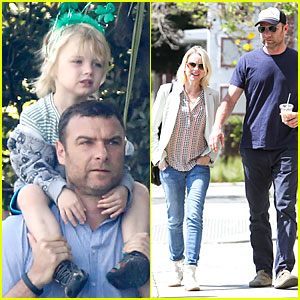 Naomi Watts & Liev Schreiber: Brentwood Country Mart Couple!