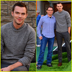 Nicholas Hoult: 'Jack the Giant Slayer' Footprint Unveiling!