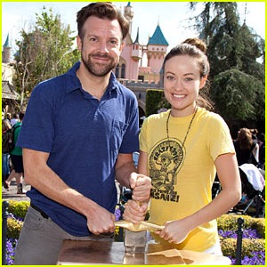 Olivia Wilde & Jason Sudeikis: Disneyland Duo!