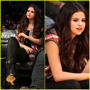 Selena Gomez: 'Spring Breakers' Opens Big in Limited Release!