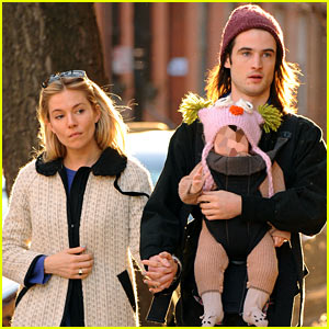 Sienna Miller & Tom Sturridge: West Village Walk with Marlowe!